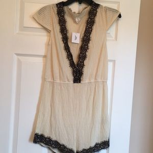 Urban outfitters romper size M